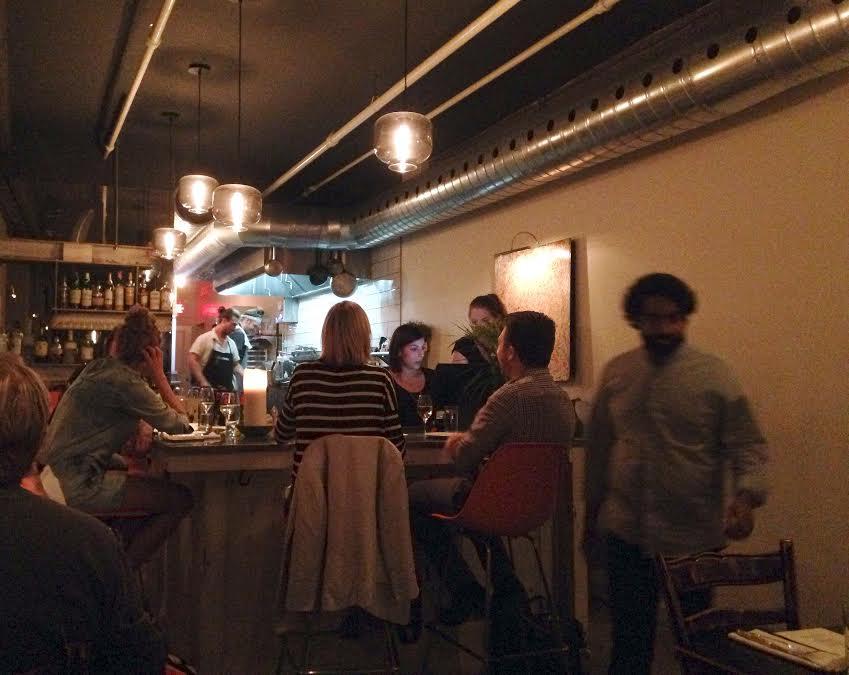 le-fantome-resto-restaurant-nouveau-montreal-griffintown-2