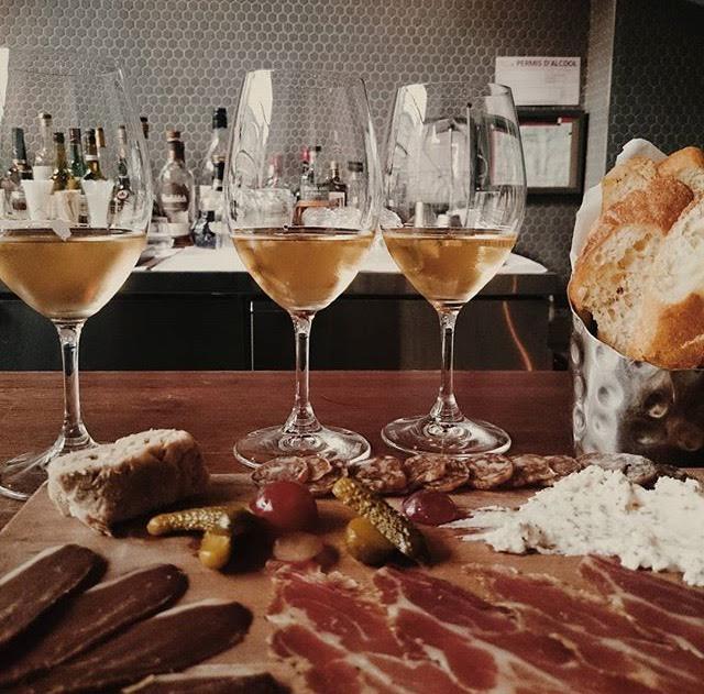 pullman-bar-a-vins-parc-1
