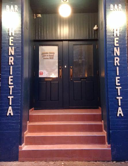 Henrietta Bar Mile End Montreal portugais