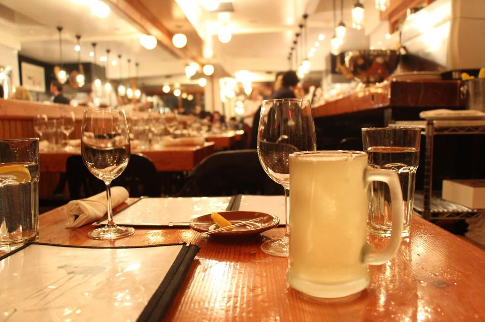 pied-de-cochon-restaurant-incontournable-montreal