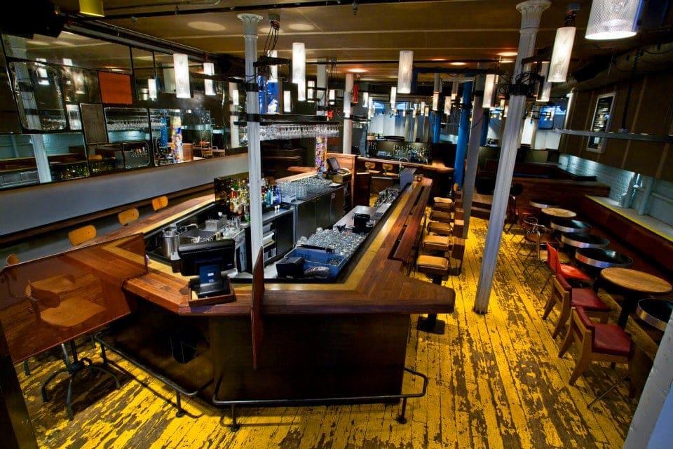 bar-philemon-vieux-montreal-2
