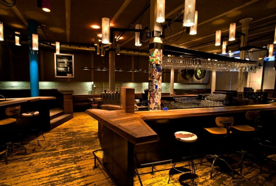 bar-philemon-vieux-montreal-3