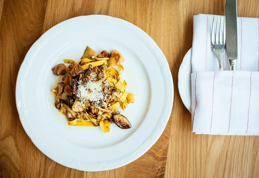 firellino-restaurant-snack-bar-pizza-vieux-montreal-11