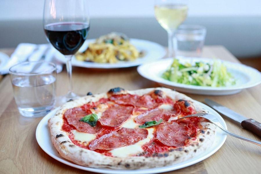 fiorellino-restaurant-snack-bar-pizza-vieux-montreal-4