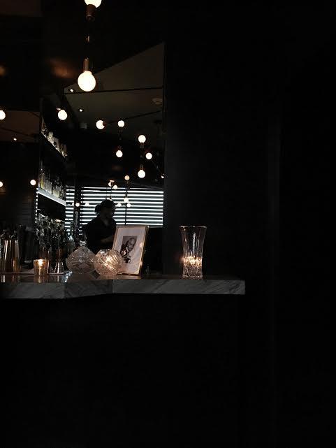 maison-cloakroom-bar-centre-ville-montreal-speakeasy-1 copy