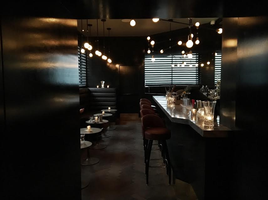 maison-cloakroom-bar-centre-ville-montreal-speakeasy-4
