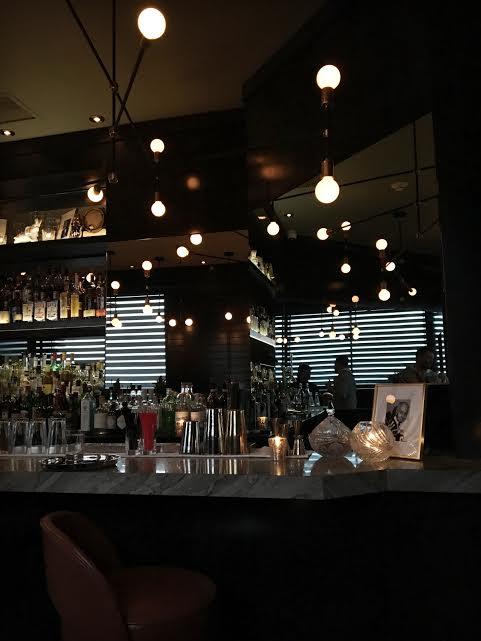 maison-cloakroom-bar-centre-ville-montreal-speakeasy-5