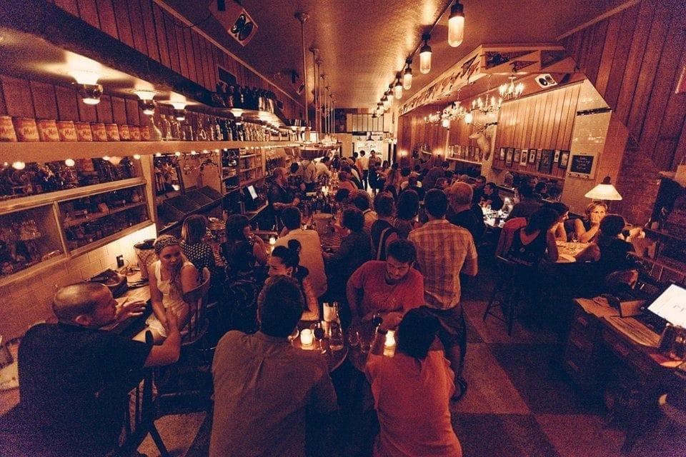 bar-majestique-boulevard-st-laurent-11