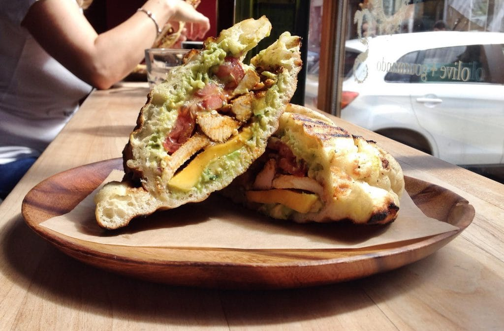 10 sandwichs au poulet exceptionnels de Montréal