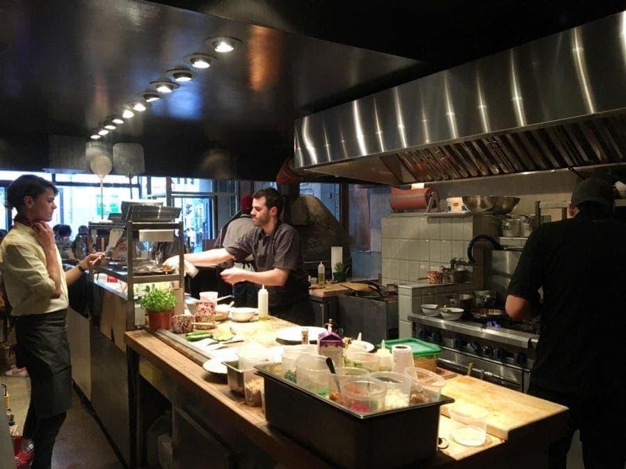 restaurant-moleskine-avenue-du-parc-pullman-montreal-2