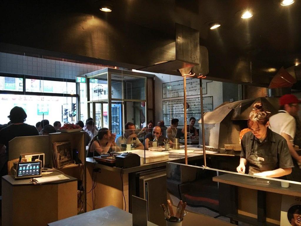 restaurant-moleskine-avenue-du-parc-pullman-montreal-5