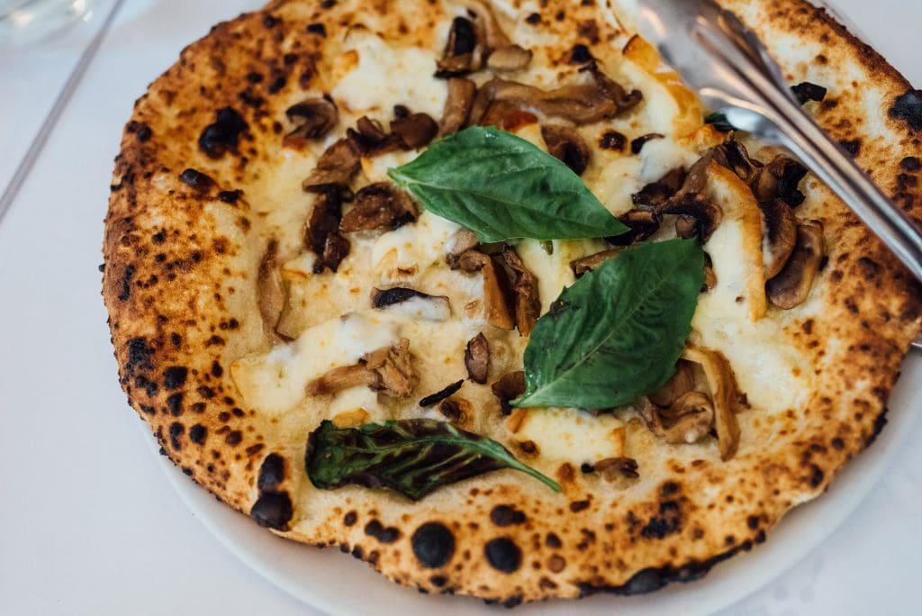 Bottega pizzeria Petite-Italie restaurant montreal