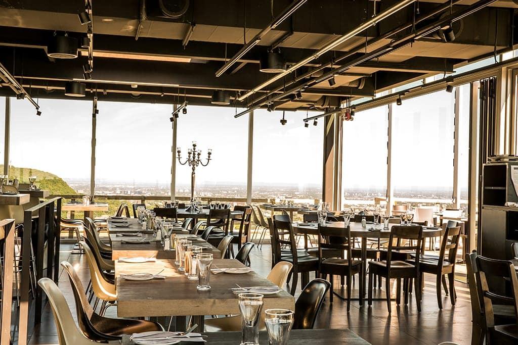 M Par Place En Restaurant