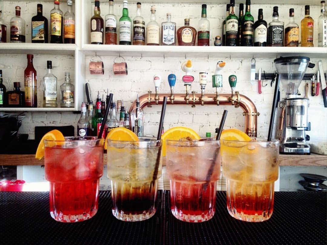 bar-kabinet-montreal-1