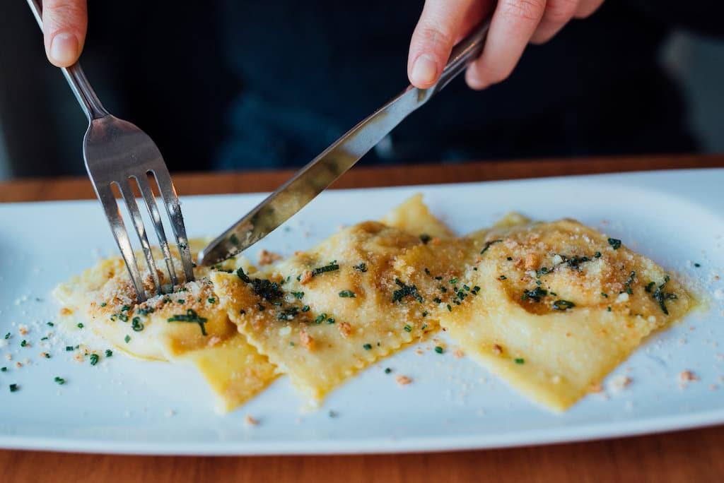 stella pizzeria restaurant laurier montreal