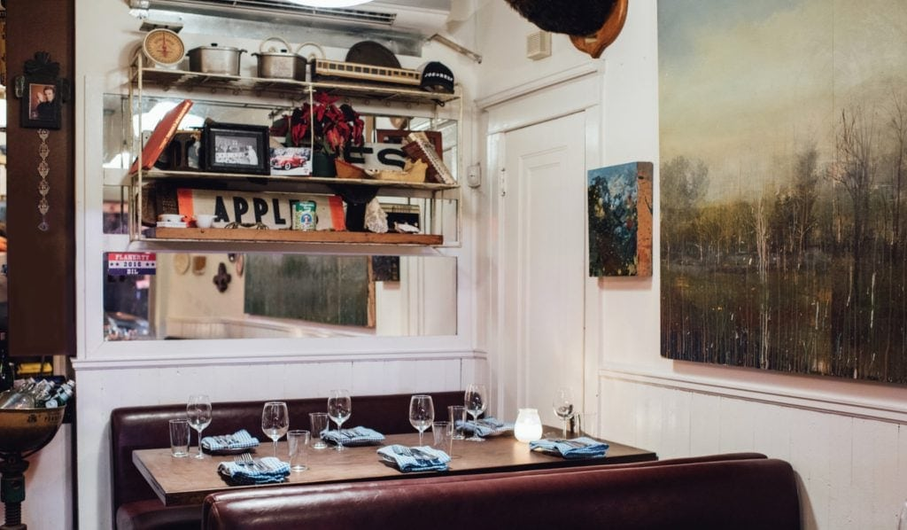 Joe Beef restaurant montreal incontournable essential