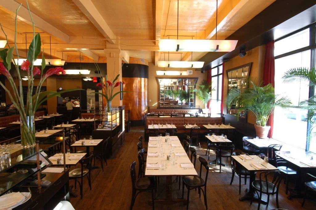 restaurant-holder-brasserie-vieux-montreal-2