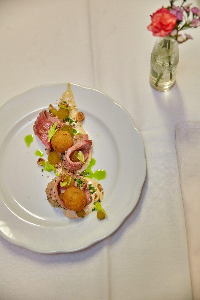 Restaurant Rue Rachel Angus