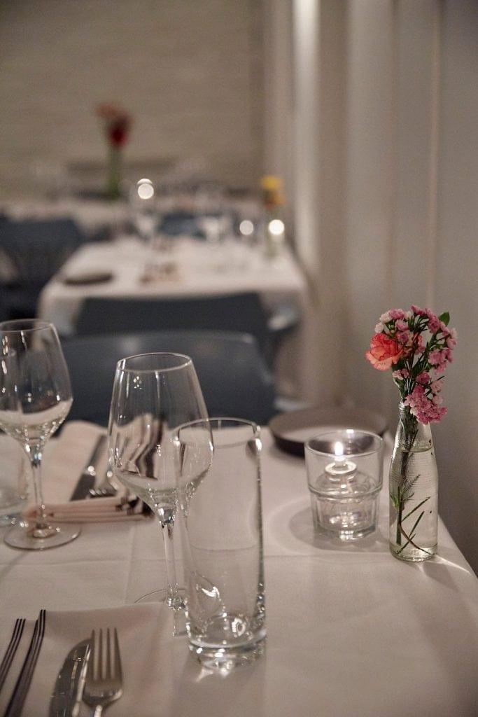 restaurant-prince-apportez-votre-vin-rue-rachel-6