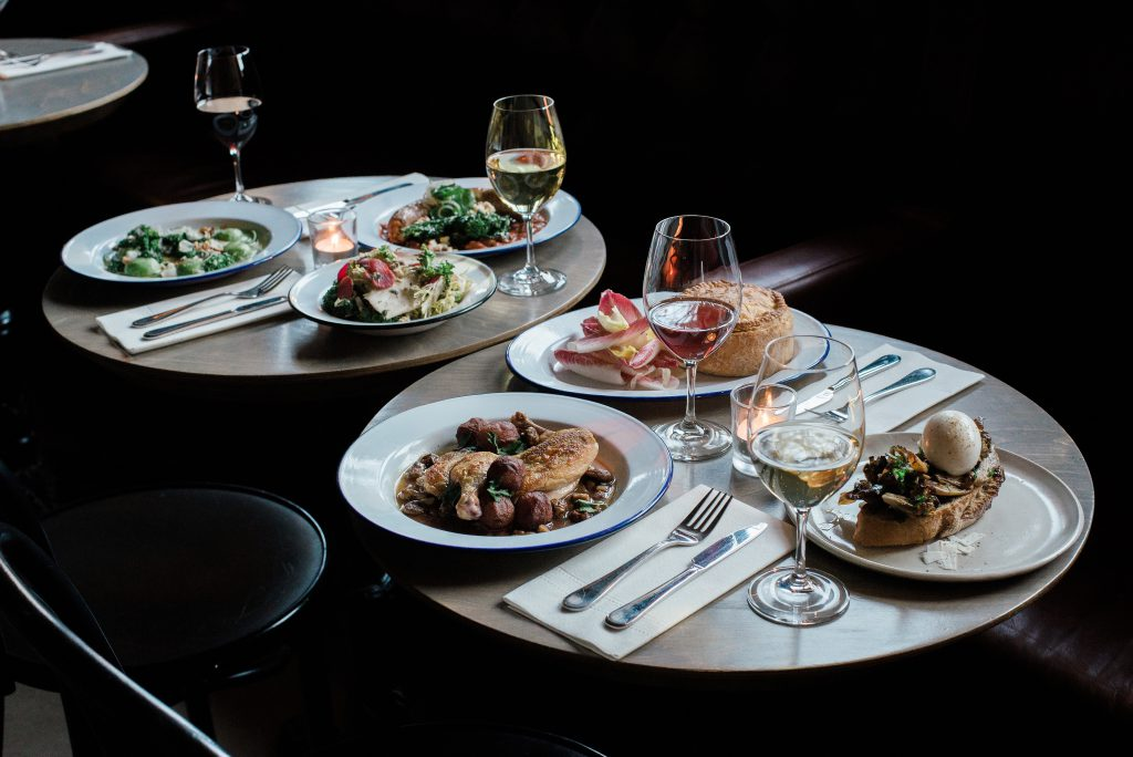 Bar Loïc : Our go to in Saint-Henri for good food and great wine