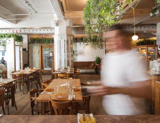 Souvent 12 restaurants festifs et abordables à Montréal IY07