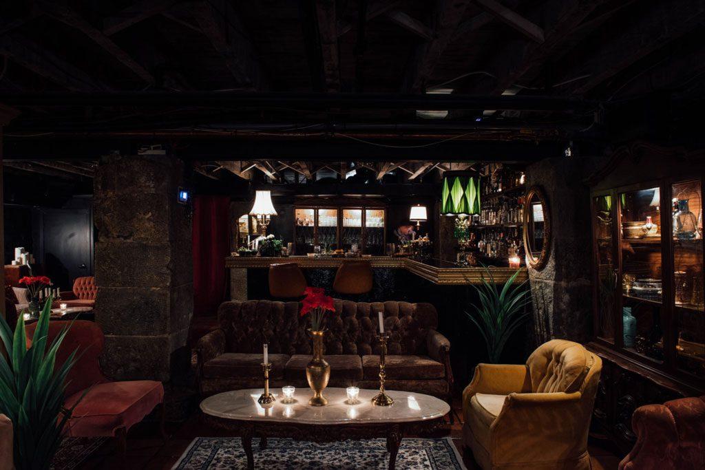 Clandestino bar caché bar à Mezcal bar à Téquila montreal vieux port