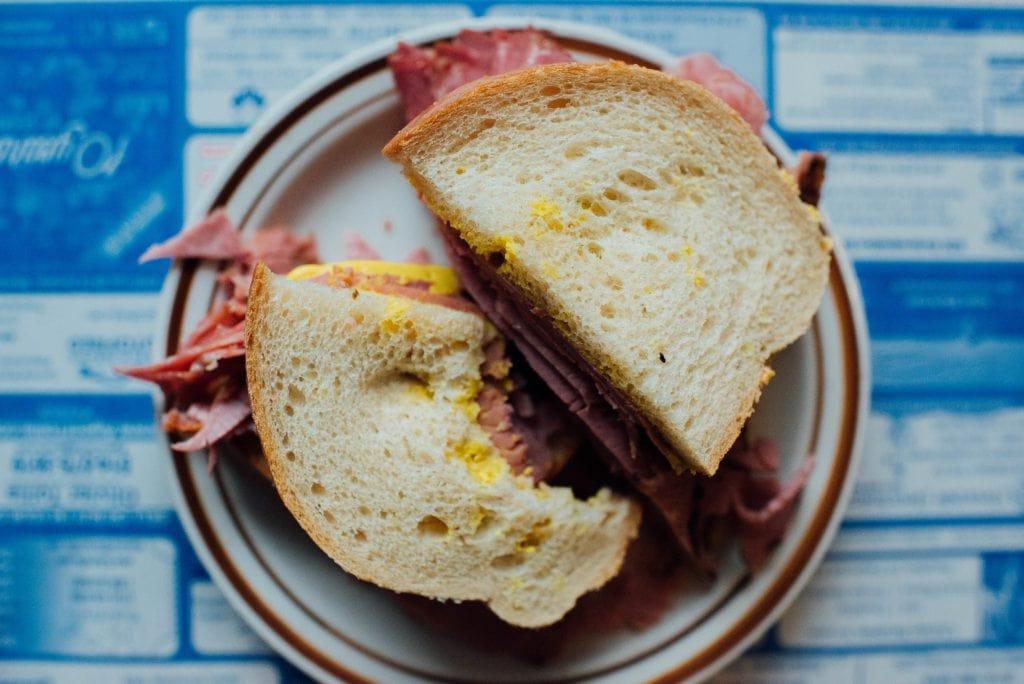 Snowdon deli montreal smoked meat descarie