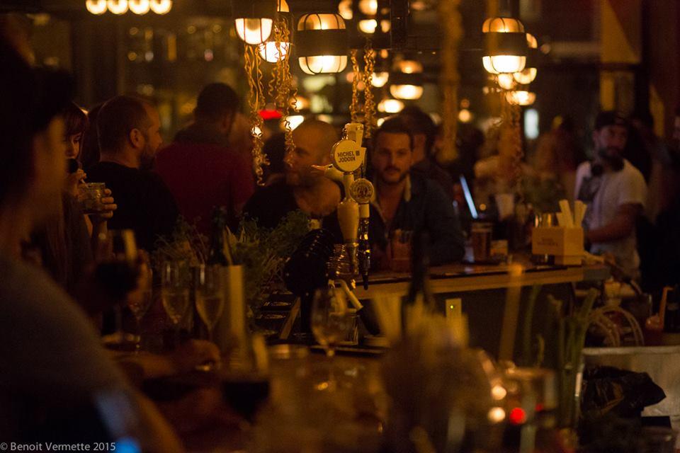Huis Clos : un sympathique bar de quartier où l'on boit bien