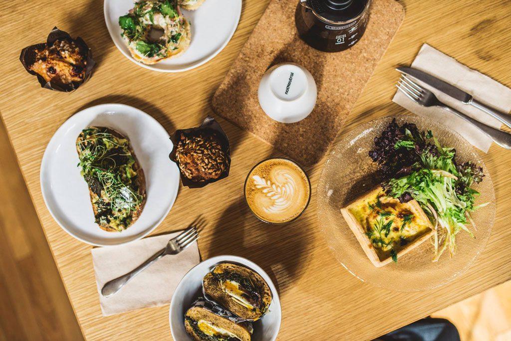 Crew Collectif & Café: le plus beau café de Montréal!
