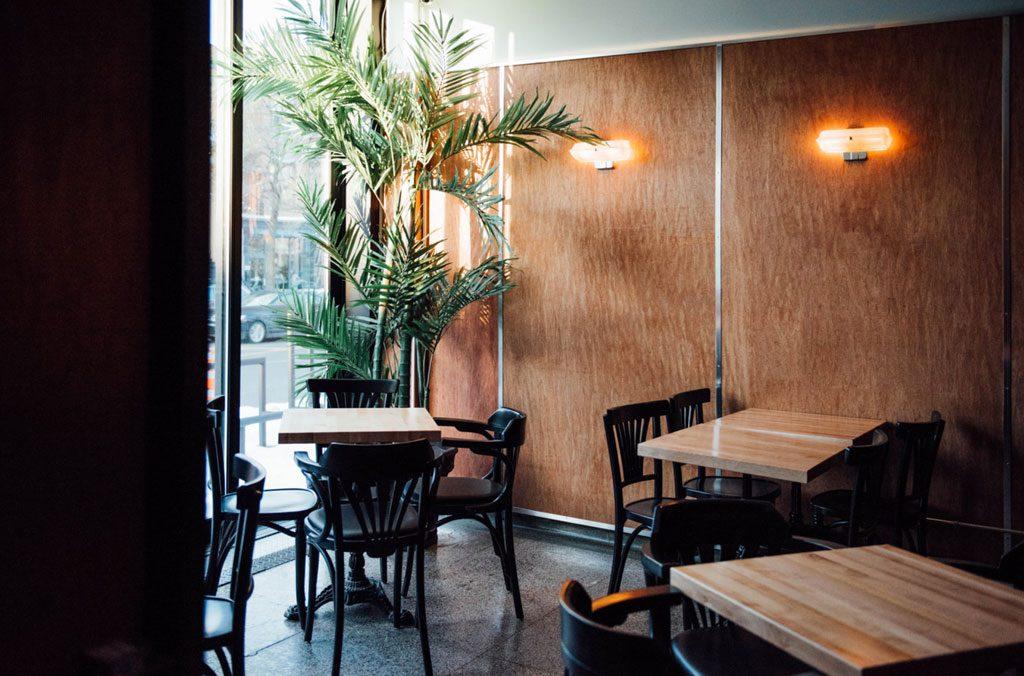 Taverne du Pelican : nouvelle taverne sur Laurier Ouest montreal