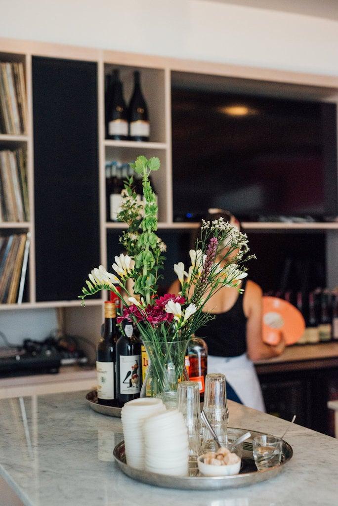 Club social PS coffee wine pizza st henri montreal elena cafe