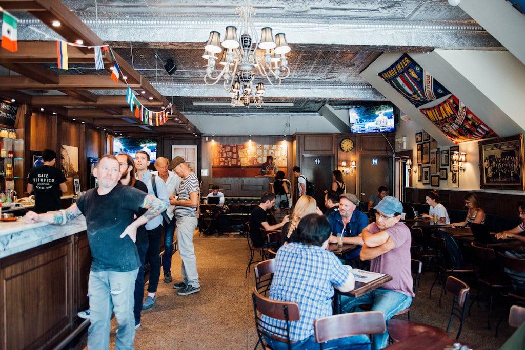 Italian cafe italien olimpico mile end saint Viateur montreal
