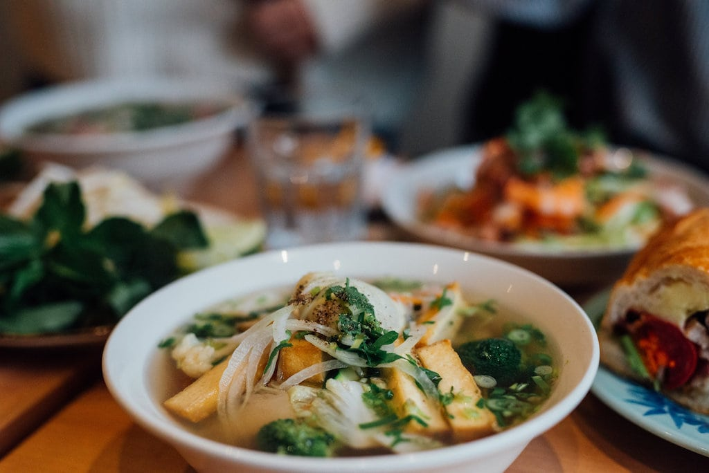 sencha vietnamese restaurant vietnamien mile end st laurent