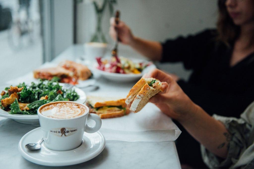 officina luncheonette traiteur catering avenue Viger