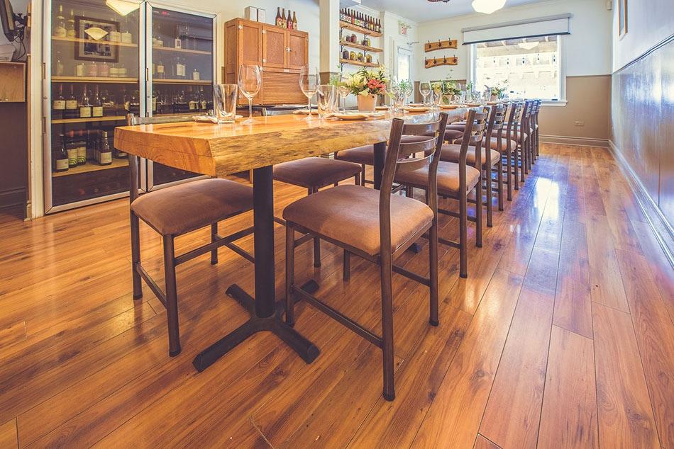 Wellington Gastropub restaurant Ottawa
