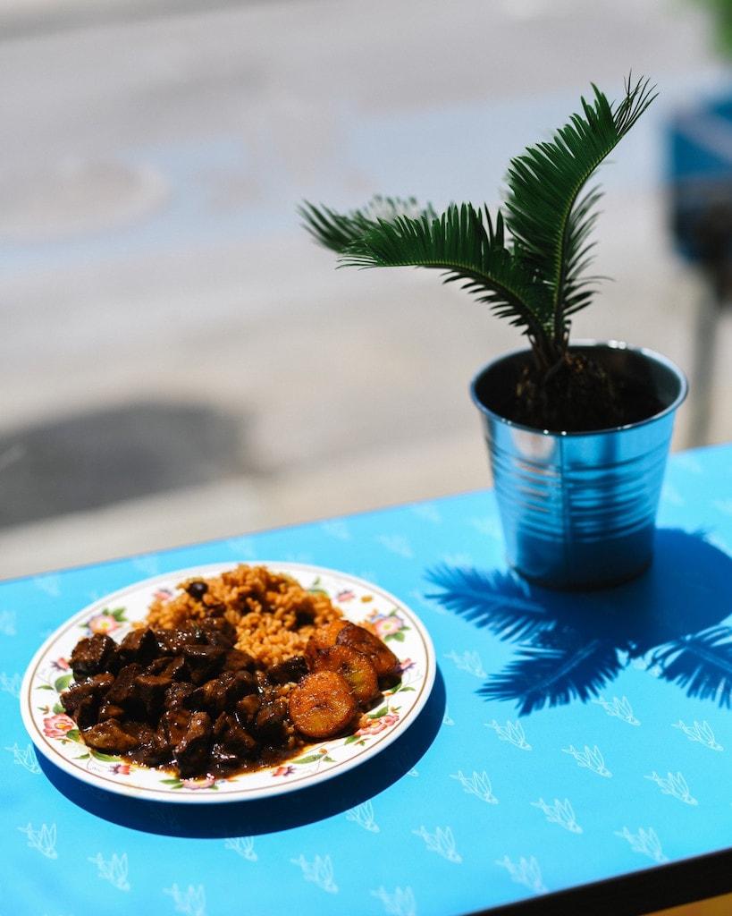 lloydies cuisine caraibe crescent 3