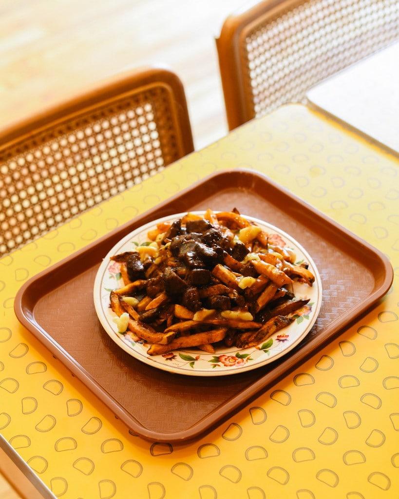 lloydies cuisine caraibe crescent 6