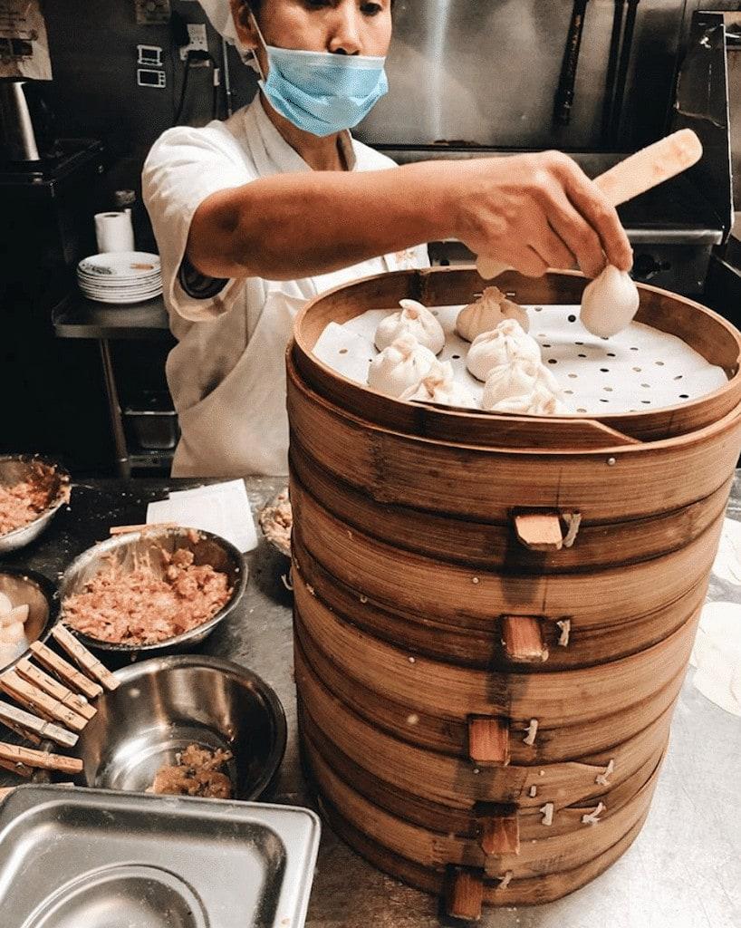 Sammi & Soup dumpling st catherine montreal