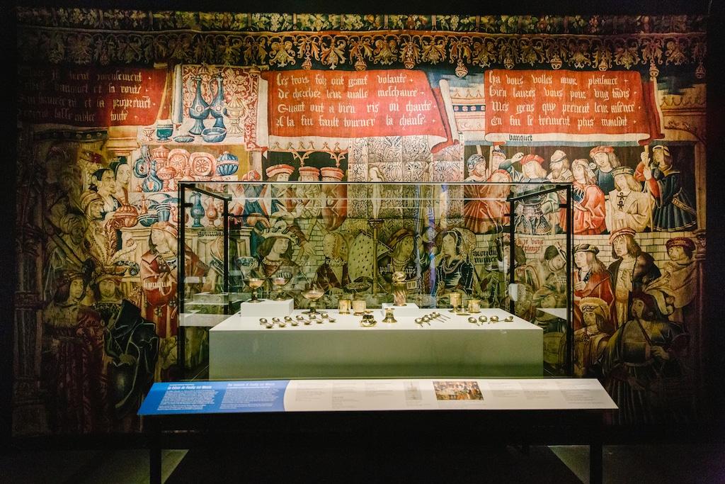 À table musée pointe a callière