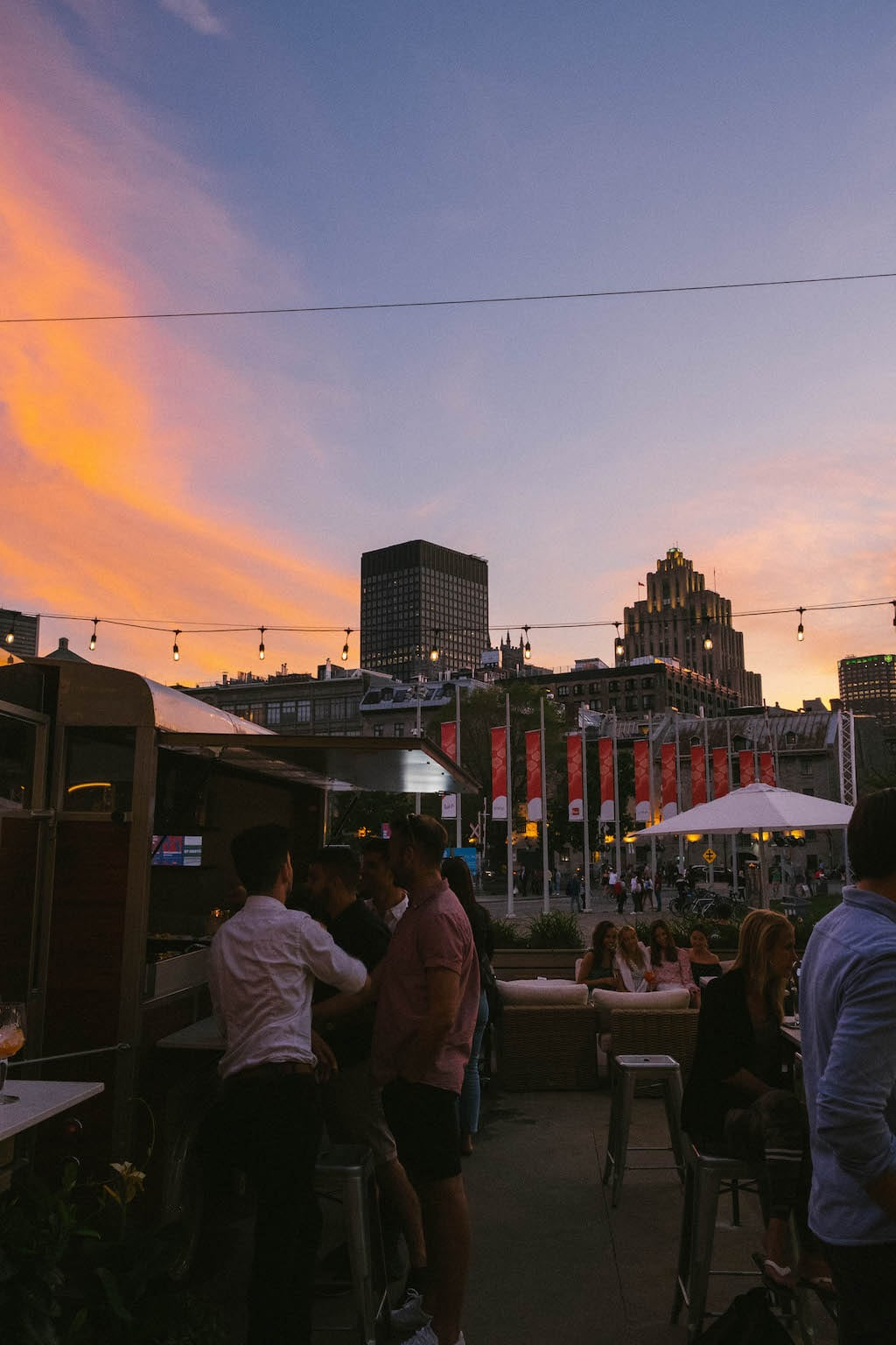 Riva terrasse Vieux-Port Old Port Montréal
