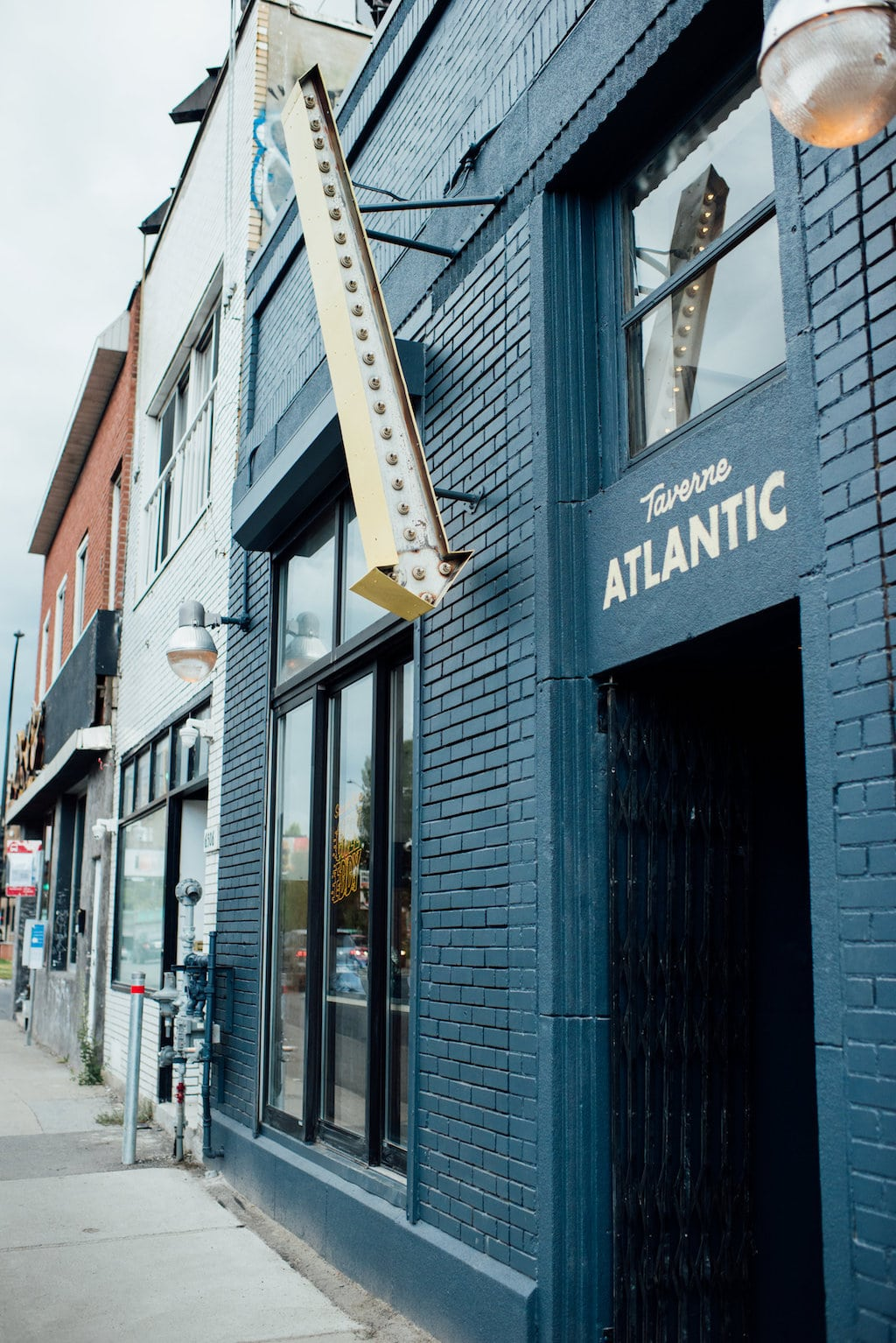 Taverne Atlantic bar mile ex montreal