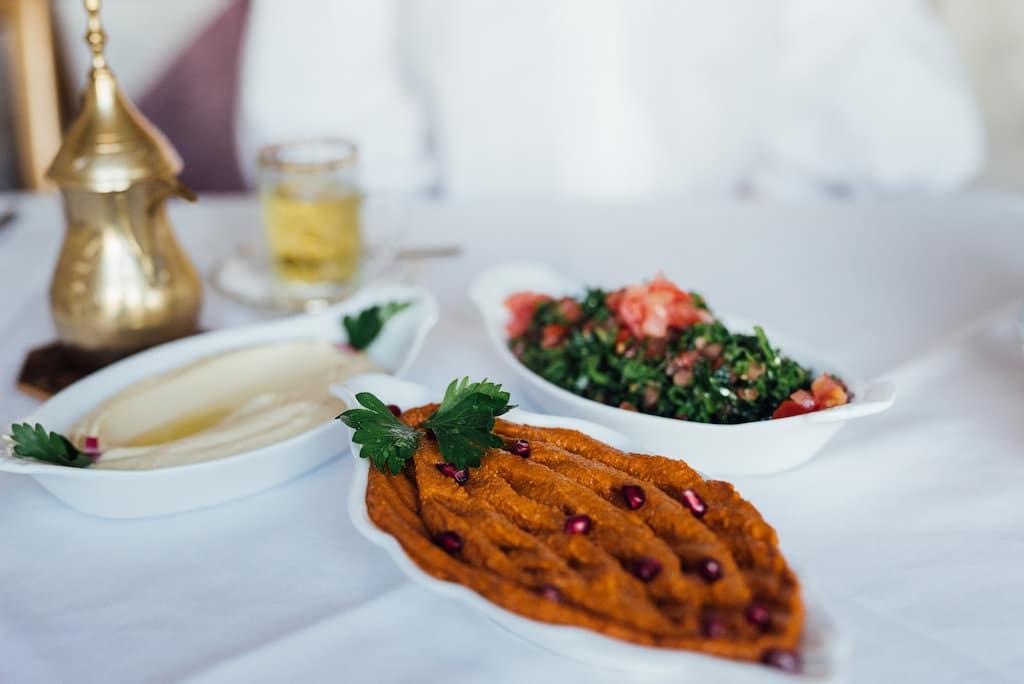 Aux Lilas restaurant libanais mile end montreal