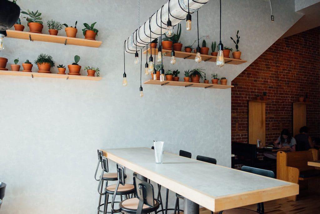 cafes-ou-travailler-banc-public
