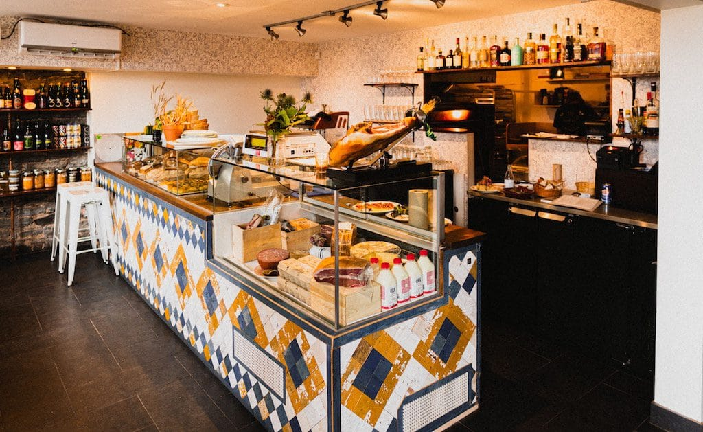 sardines-quebec-restaurant-5-1024x629