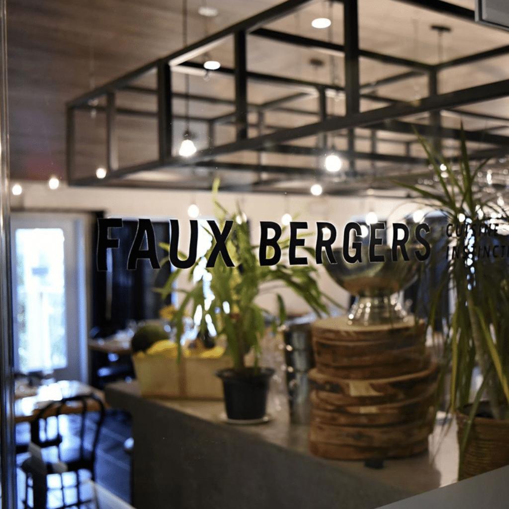 faux-bergers-restaurant-baie-saint-paul-12
