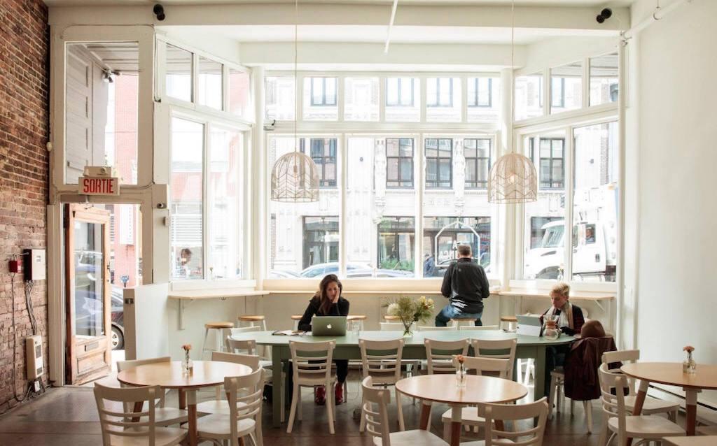 La Finca Café & Bureau