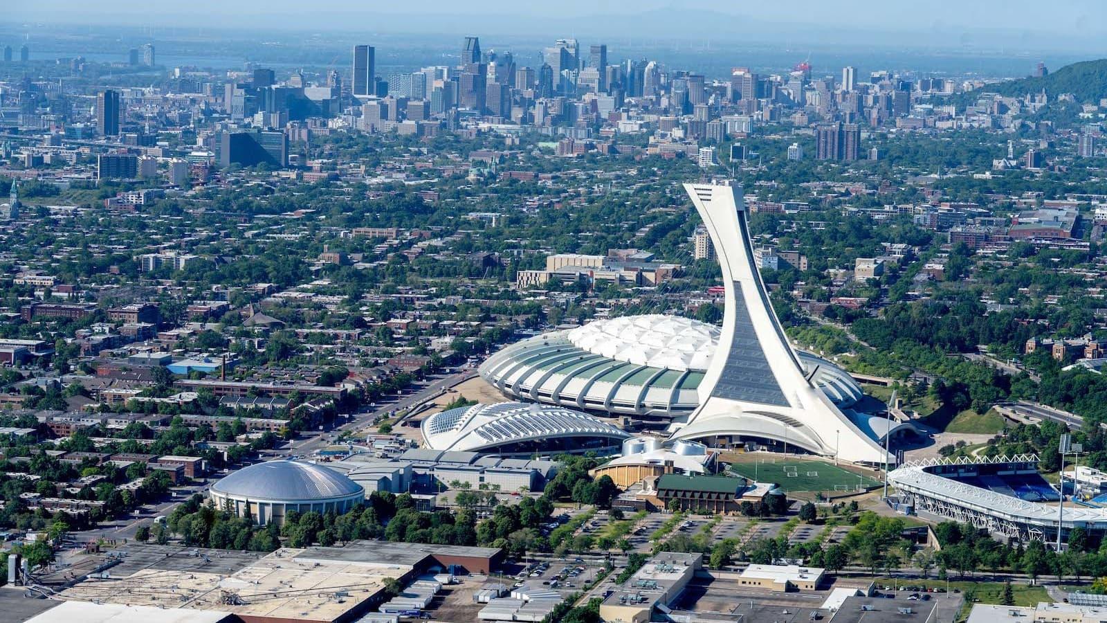 Vue sur le Parc olympique de Montréal